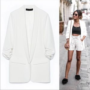 Zara NWT white crepe blazer with rolled sleeves